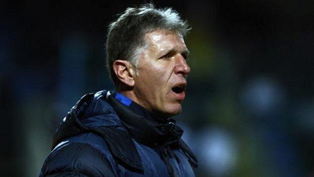 Trenér Liberce Jaroslav Šilhavý boj o titul nezvdává.