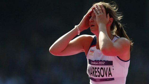 Výškařka Oldřiška Marešová vstřebává zklamání z neúspěchu v olympijské kvalifikaci.