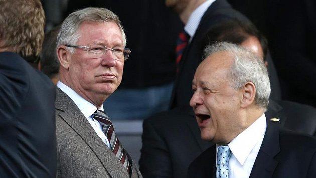 Sir Alex Ferguson (vlevo).
