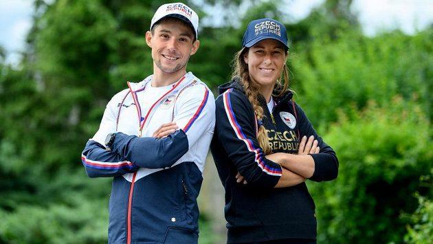 Vodní slalomáři Kateřina Minařík Kudějová a Jiří Prskavec v olympijské kolekci.