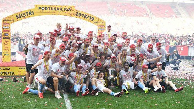 Fotbalisté Slavie slaví výhru v lize i poháru. Jaké další kluby vedle ní letos v Evropě získaly tzv. double?