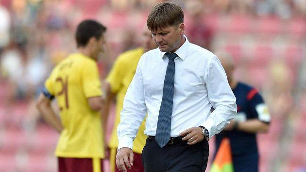 Plzeňský trenér Dušan Uhrin během Superpoháru se Spartou.