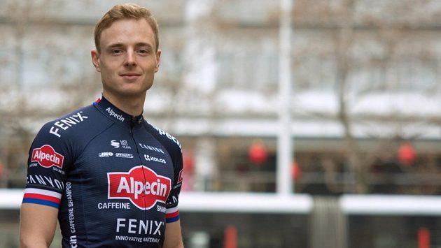 Petr Vakoč v dresu týmu Alpecin-Fenix.