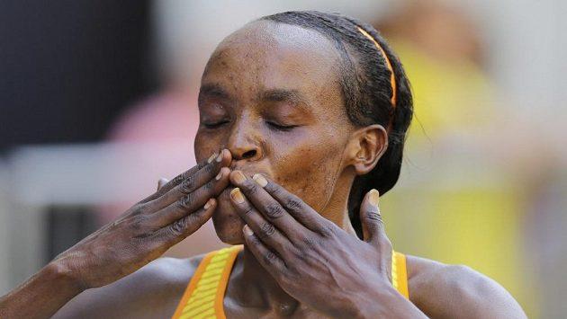 Keňanka Jemima Sumgongová vyhrála prestižní Silvestrovský běh v Sao Paulu.