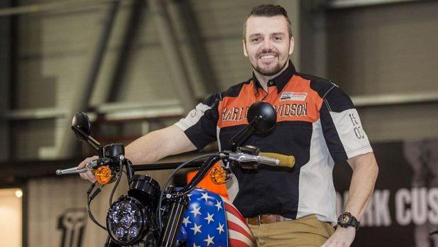 Lukáš Kvapil si plní další motocyklový sen.
