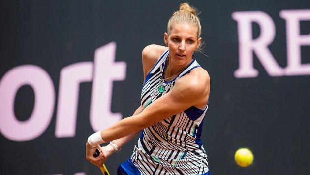 Kristýna Plíšková v utkání proti Jekatěrině Alexandrovové.