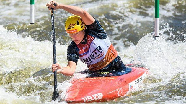 Tereza Fišerová během finále ve 3. závodě ČP ve vodním slalomu v Troji. Ilustrační foto.
