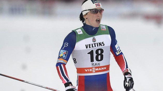 Norka Marit Björgenová ovládla úvodní díl SP v běhu na lyžích ve finské Ruce.