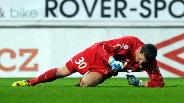 Reakce teplického brankáře Tomáše Grigara na nepodařený zákrok v závěru utkání, který předcházel vítěznému gólu Jihlavy.