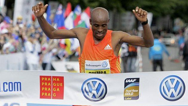 Deressa Chimsa vyhrál Pražský maratón.