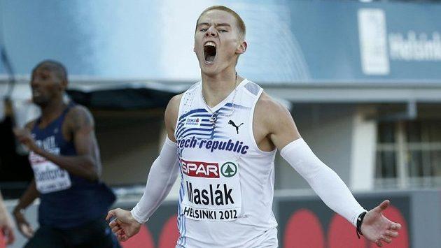 Výbuch euforie ve tváři Pavla Masláka ve finále běhu na 400 metrů na ME v Helsinkách.