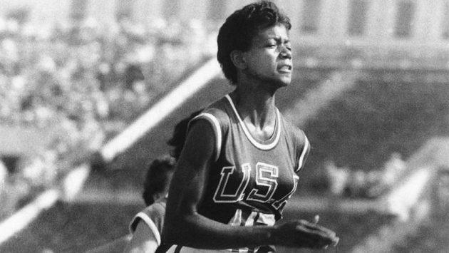 """""""Nikdy nepodceňujte sílu snů a vliv lidského ducha,"""" říkala Wilma Glodean Rudolphová, černá gazela z Tennessee."""