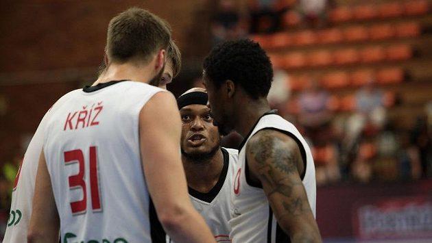 Basketbalisté Nymburka v semifinále play off ligy.