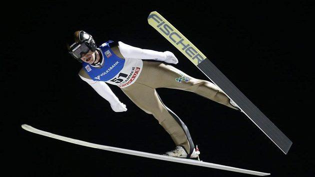 Roman Koudelka při SP v Lillehammeru během sobotního závodu na středním můstku.