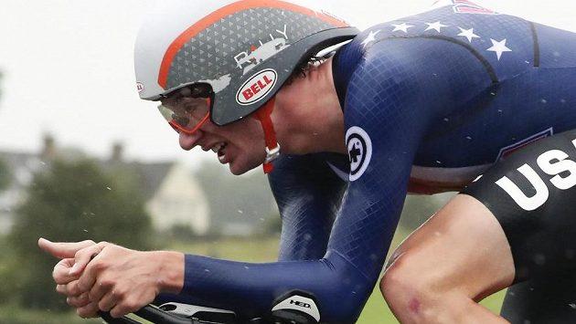 Brandon McNulty z USA na trati časovky mužů do 23 let na mistrovství světa v silniční cyklistice v Harrogate.
