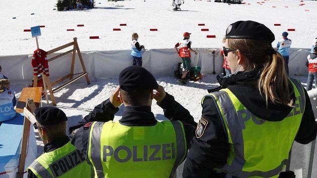 Rakouští policajti na MS v Seefeldu.