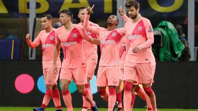 Fotbalisté Barcelony se radují