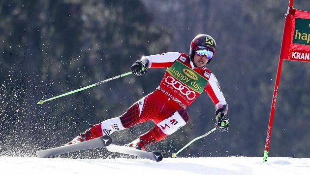 Marcel Hirscher na trati obřího slalomu v Kranjské Goře.
