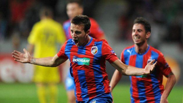 Plzeňský záložník Vladimír Darida se raduje z gólu do sítě Mariboru.
