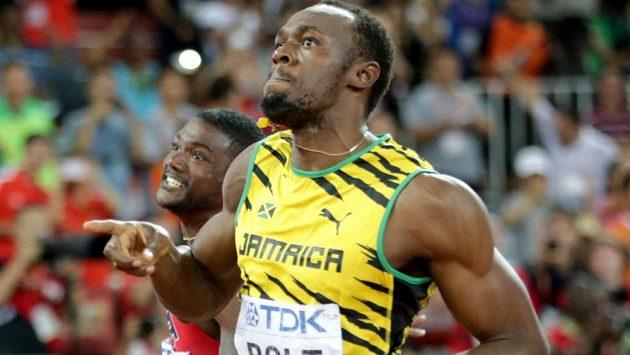 Usain Bolt po triumfu na stovce v Pekingu.