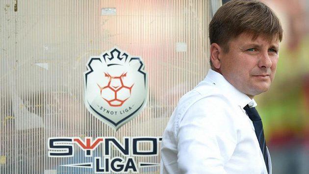 Trenér Viktorie Plzeň Dušan Uhrin během utkání v Příbrami.