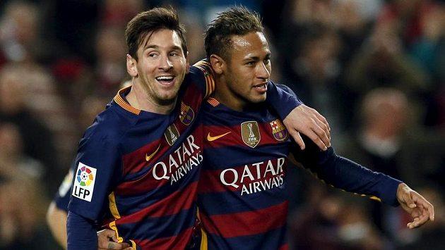 Hvězdy Barcelony, Lionel Messi (vlevo) a Neymar.