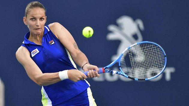 Tenistka Karolína Plíšková slaví v Miami další výhru. Tentokrát porazila Alize Cornetovou z Francie.