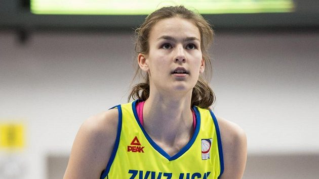 Basketbalistka Veronika Voráčková z USK