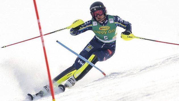 Anna Swenn Larssonová na trati v Kranjské Goře.