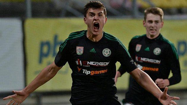 Matěj Chaluš z Příbrami se raduje z gólu proti CSKA Moskva.