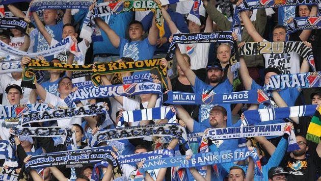 Fanoušci Baníku během utkání s Teplicemi.