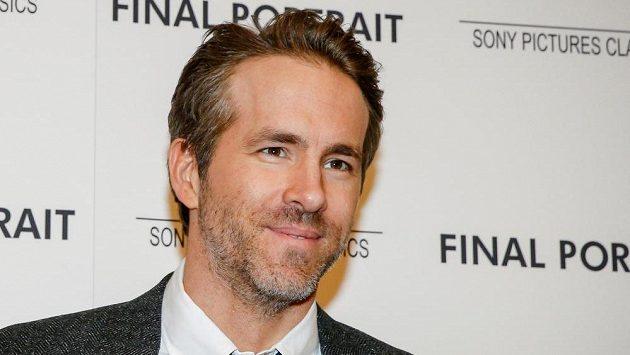 Herec Ryan Reynolds je novým spolumajitelem velšského klubu Wrexham.