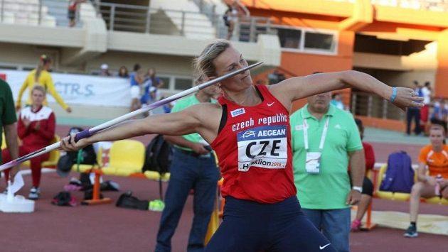 Barbora Špotáková při ME družstev v Heraklionu. V prvním dnu soutěže připsala na konto českého týmu vítězství v oštěpu.