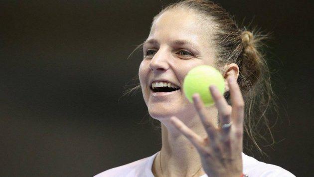 Karolína Plíšková hýří před víkendovým finále Fed Cupu ve Štrasburku dobrou náladou.