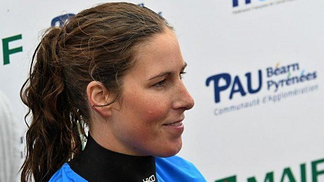 Kajakářka Kateřina Kudějová po finále mistrovství světa v Pau.