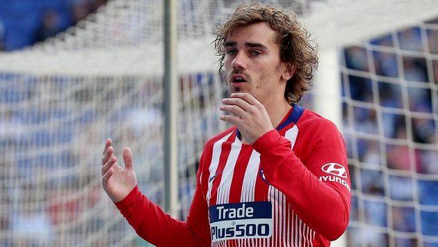 Útočník Antoine Griezmann opustí po sezoně madridské Atlético.