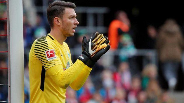 Fotbalisté Brém s českým gólmanem Jiřím Pavlenkou stále čekají na výhru...