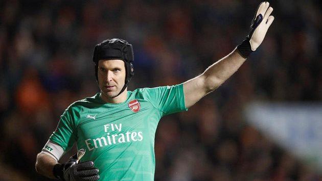 Petr Čech se znovu objevil v brance Arsenalu a v utkání FA Cupu s Blackpoolem udržel čisté konto.