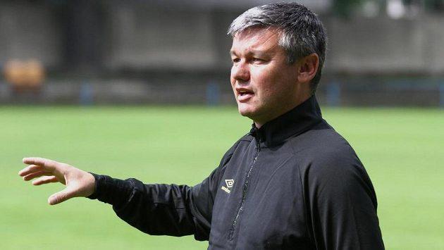 Kouč David Vavruška na prvním tréninku fotbalistů Teplic.