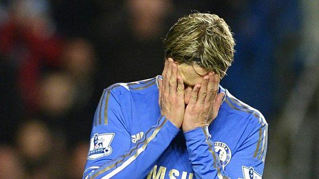Rafael Benítez věří, že znovu nastartuje útočníka Chelsea Fernanda Torrese.