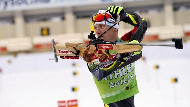 Trénink biatlonistů před závodem štafet. Na snímku Ondřej Moravec.