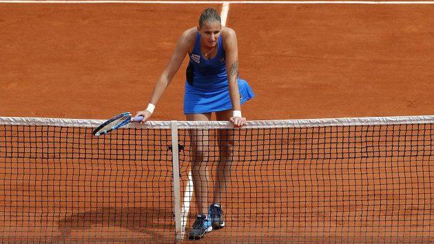 Česká tenistka Karolína Plíšková ve třetím kole French Open, v němž utrpěla nečekanou porážku.