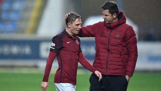 Vyloučený Bořek Dočkal a trenér Sparty David Holoubek při utkání v Liberci.