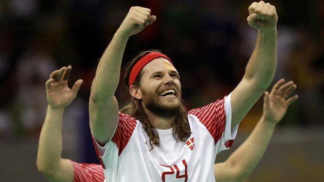 Házenkáři Dánska slaví zlato na olympiádě v Riu. Na snímku je Mikkel Hansen.
