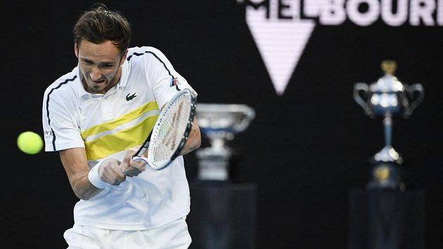 Soupeřem obhájce titulu Novaka Djokoviče v nedělním finále Australian Open bude Daniil Medveděv (na snímku).