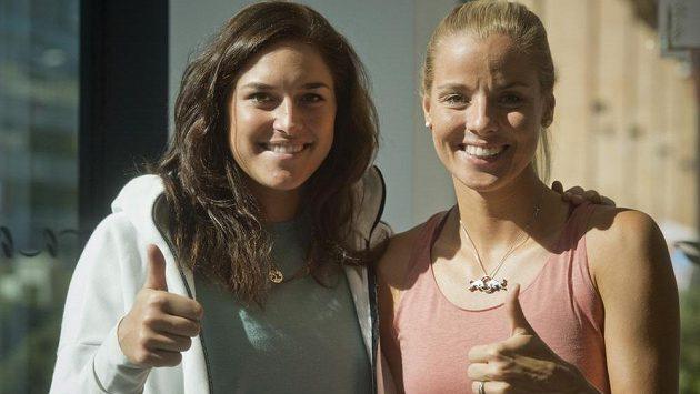Plážové volejbalistky Markéta Nausch Sluková (vpravo) a Barbora Hermannová.