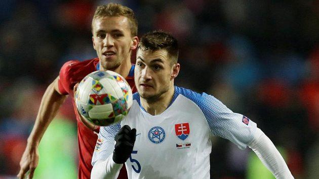 V akci Matúš Bero (vpředu) a Tomáš Souček.