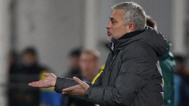 Trenér Manchesteru United José Mourinho nesl nelibě, jak kouč Chelsea slaví každý gól.