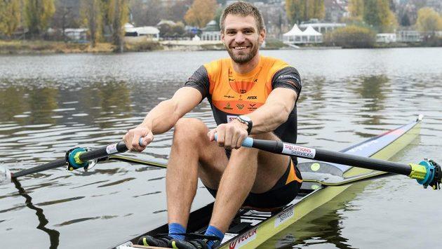 Úspěšný český skifař Ondřej Synek se na tradičních Primátorkách letos nepředstaví.