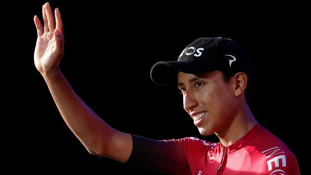 Kolumbijec Egan Bernal před startem Tour de France v Bruselu.